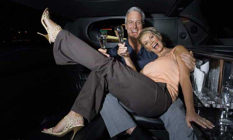 Houston Limousine Rental - Anniversary Transportation